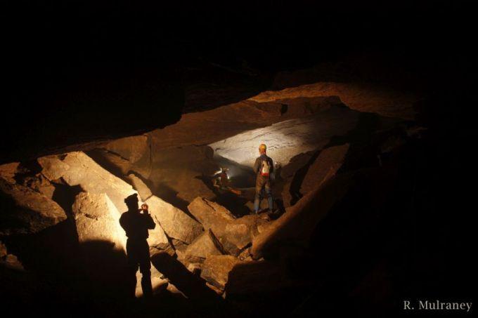 Pollaraftra Cave